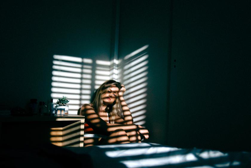 Почему женщины в среднем более склонны к депрессии, чем мужчины