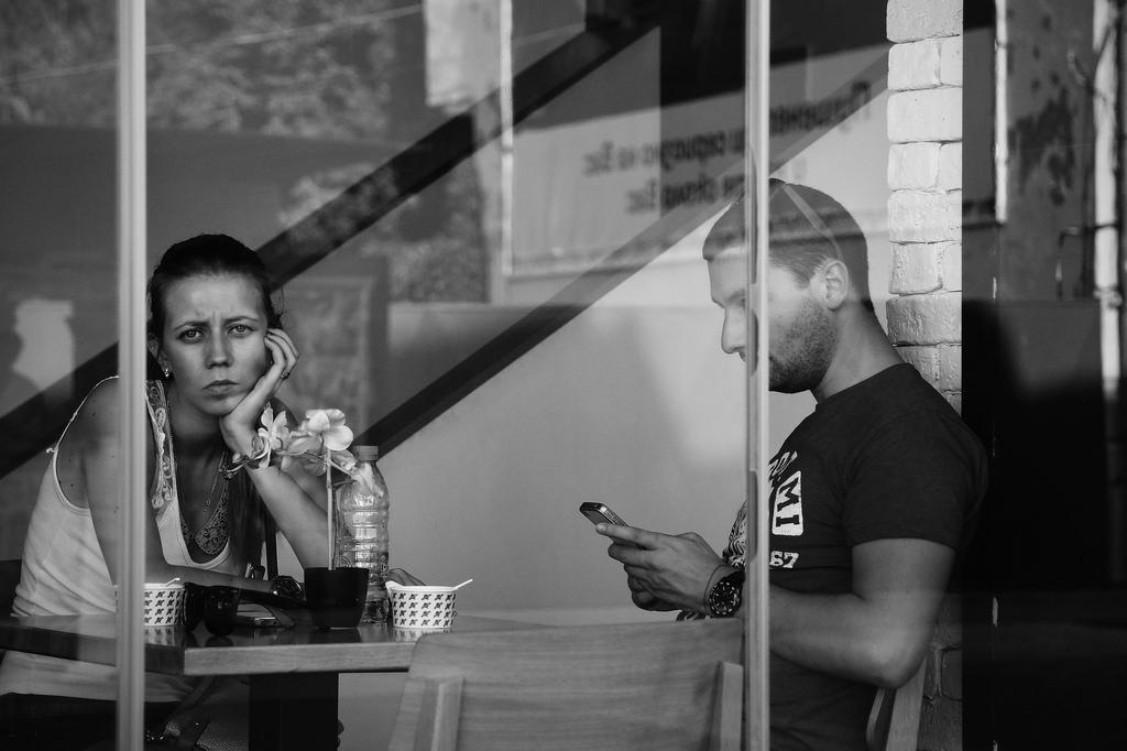 Ученые проверили, влияют ли смартфоны на вероятность развития депрессии и тревожных состояний