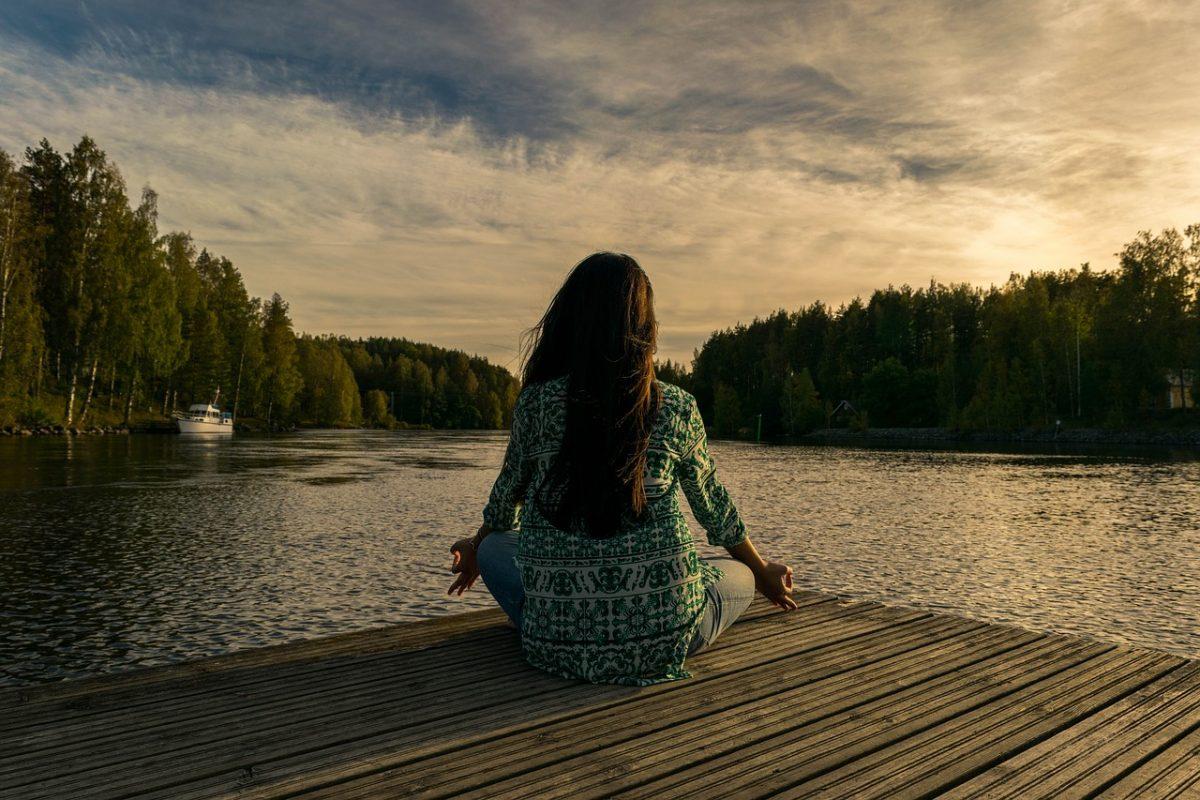 Два бесплатных действия могут снизить депрессию на 40 % за два месяца