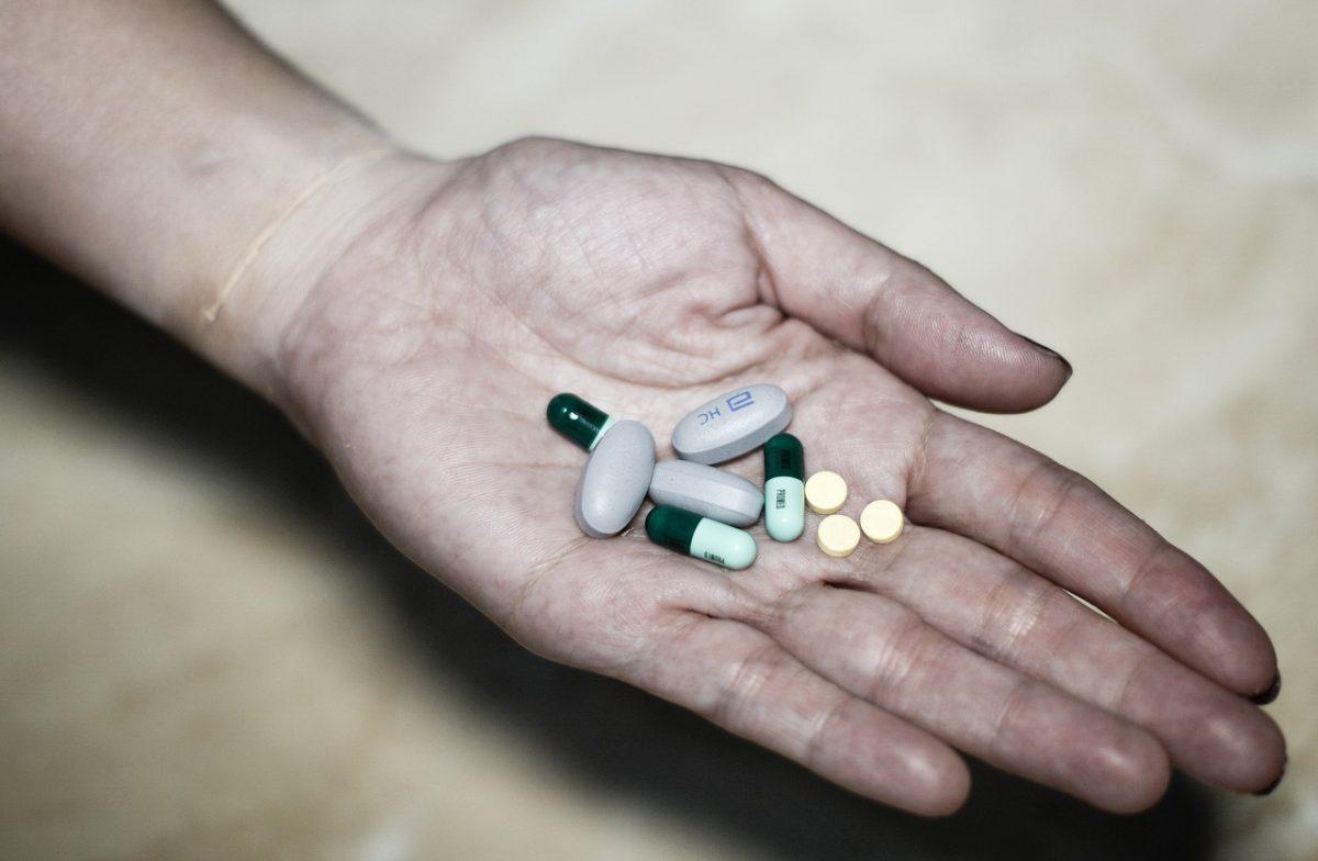 Антидепрессанты имеют неожиданный острый и побочный эффект