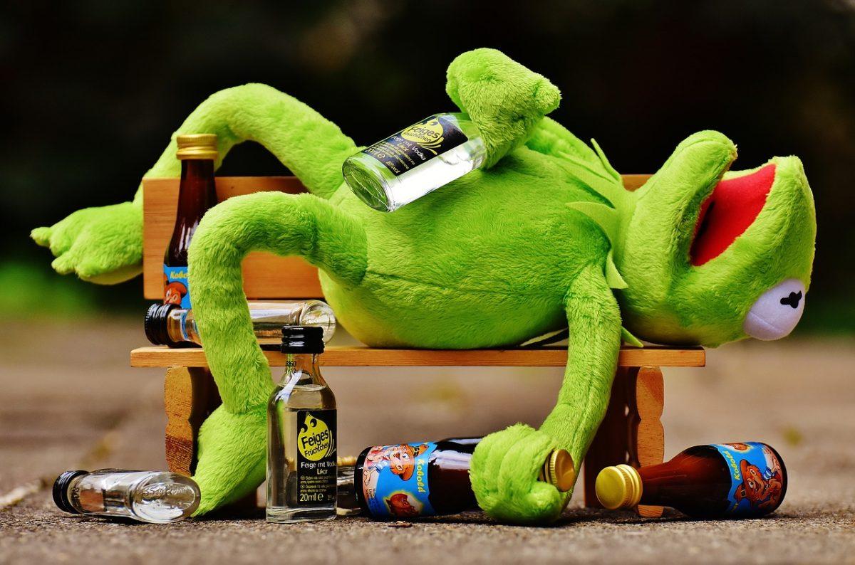 Алкоголь действительно является быстрым антидепрессантом